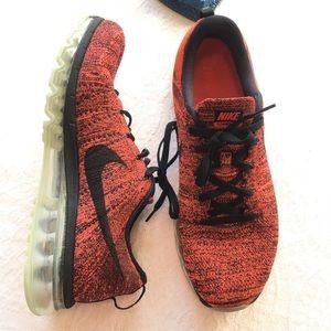 ⬇️$100 Nike Flyknit Air Max Crimson